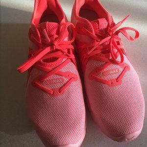 Neon orange/peachy pink (lol) Nike Air Max